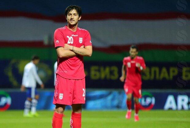 بازوبند کاپیتانی تیم ملی حس خوبی دارد، رابطه با اسکوچیچ خوب است